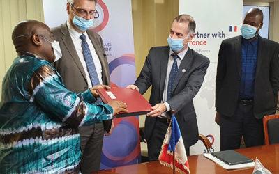 Covid-19 en Guinée : convention de financement entre l'AFD et Amref France